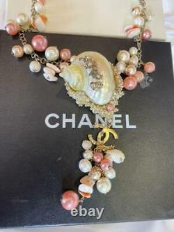 Auth CHANEL Shell Charm Pink & White Pearl Necklace Used from Japan F/S