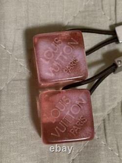 Louis Vuitton Coiffure Cube Élastique Couleur Rose Avec Accessoire De Boîtier Du Japon Utilisé